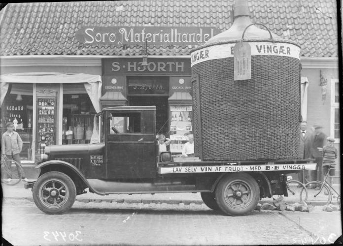 På billedet ses Sorø Materialhandel