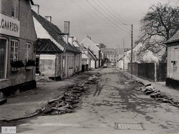 Søndergade set mod nord fra hjørnet af Søgade